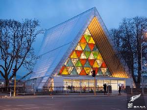 基督城硬纸板教堂(Christchurch Cardboard Cathedral)